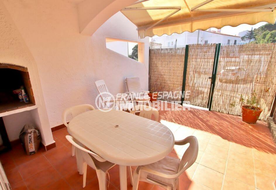 vente immobilier rosas espagne: villa 74 m² avec 2 chambres, terrasse avec barbecue