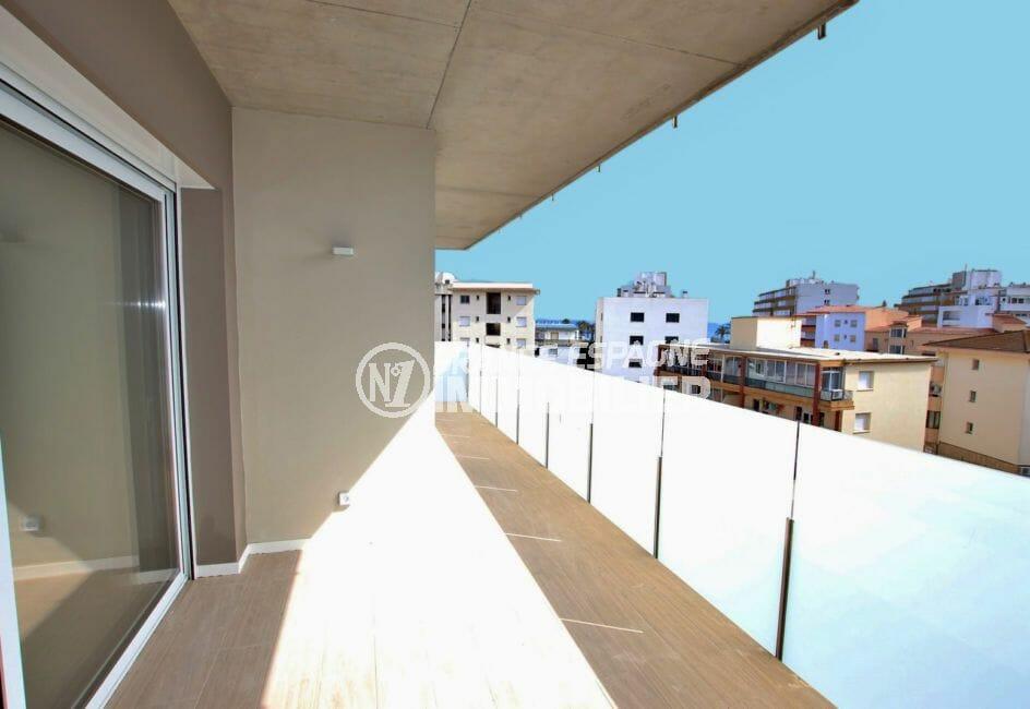 appartements a vendre a rosas, de 72 à 93 m² avec terrasse, proche plage