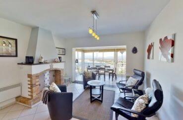 achat maison rosas, 4 pièces 119 m², salon avec cheminée et véranda