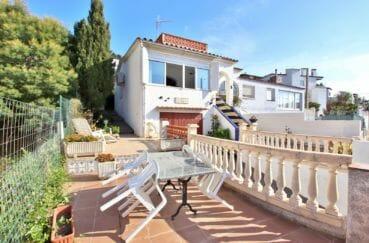 immobilier espagne: maison 2 chambres 84 m² solarium, terrain de 214 m², plage 800 m