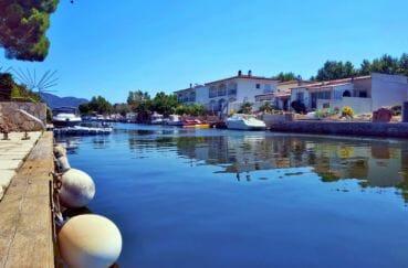 maison a vendre empuriabrava, villa 113 m² avec amarre 12,5 m, grand canal