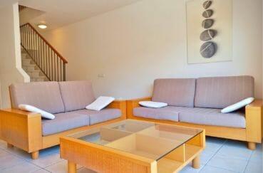 maison à vendre empuriabrava, villa 5 pièces 176 m², salon lumineux, escalier menant à l'étage