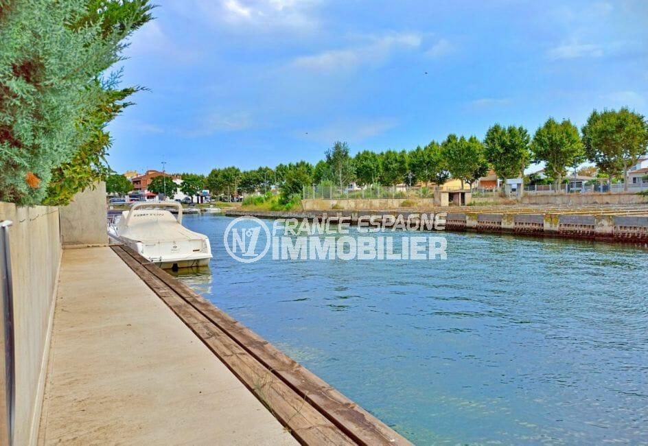 achat immobilier espagne costa brava: villa 5 pièces 185 m², amarre 14 m sur grand canal
