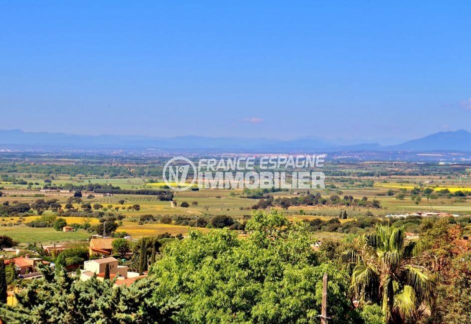 mas busca rosas: villa 366 m², magnifique vue sur les montagnes et la mer