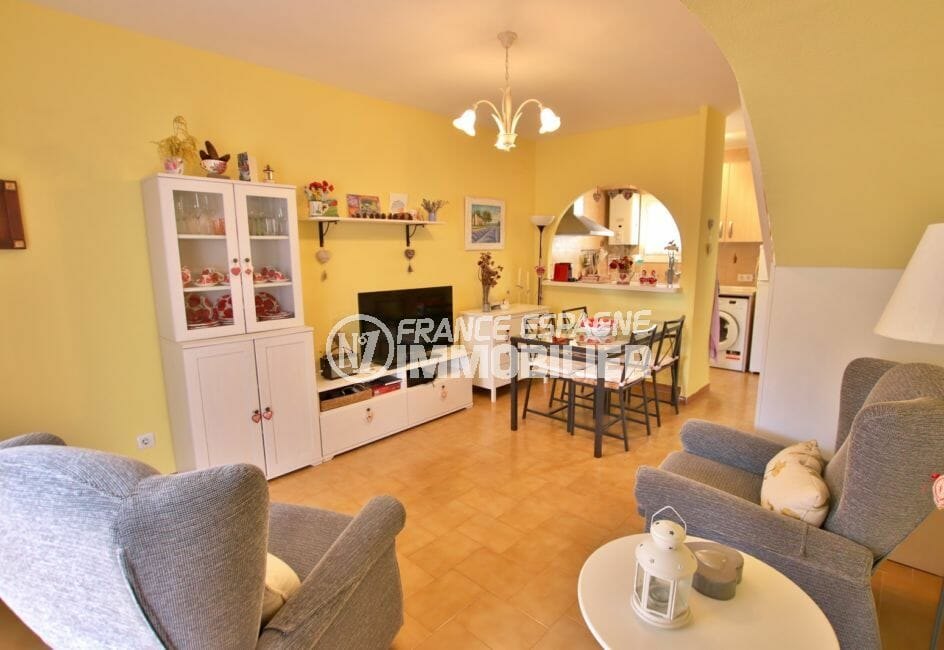 achat maison costa brava, 74 m² avec 2 chambres, salon / séjour avec cuisine américaine