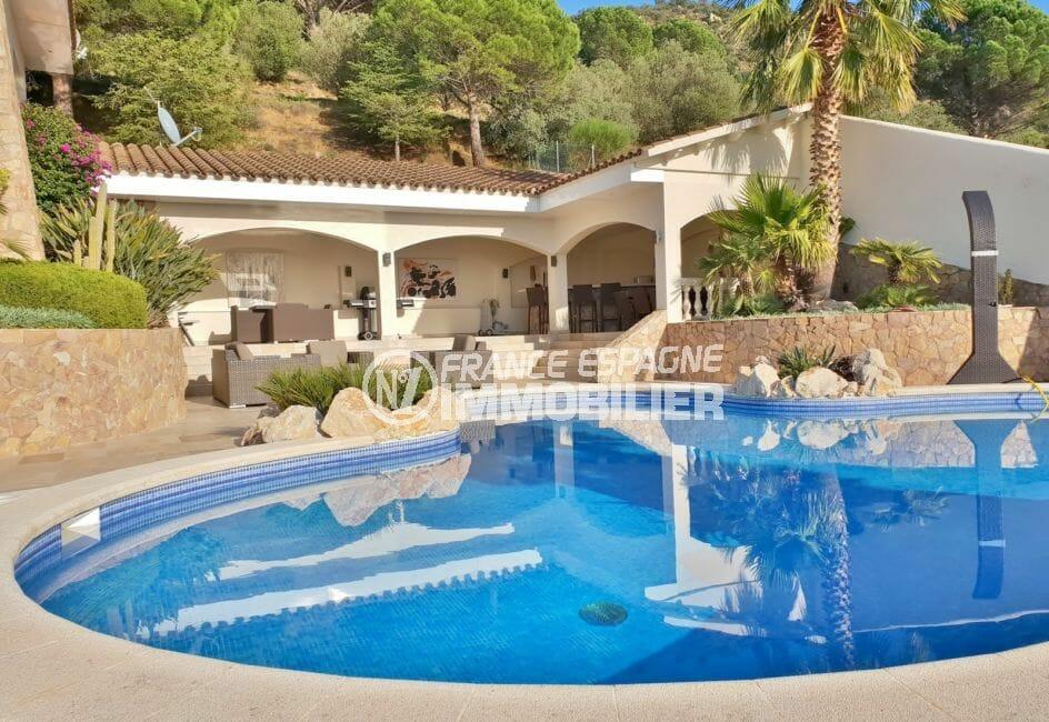 achat maison costa brava bord de mer, villa de 480 m² avec piscine et pool house