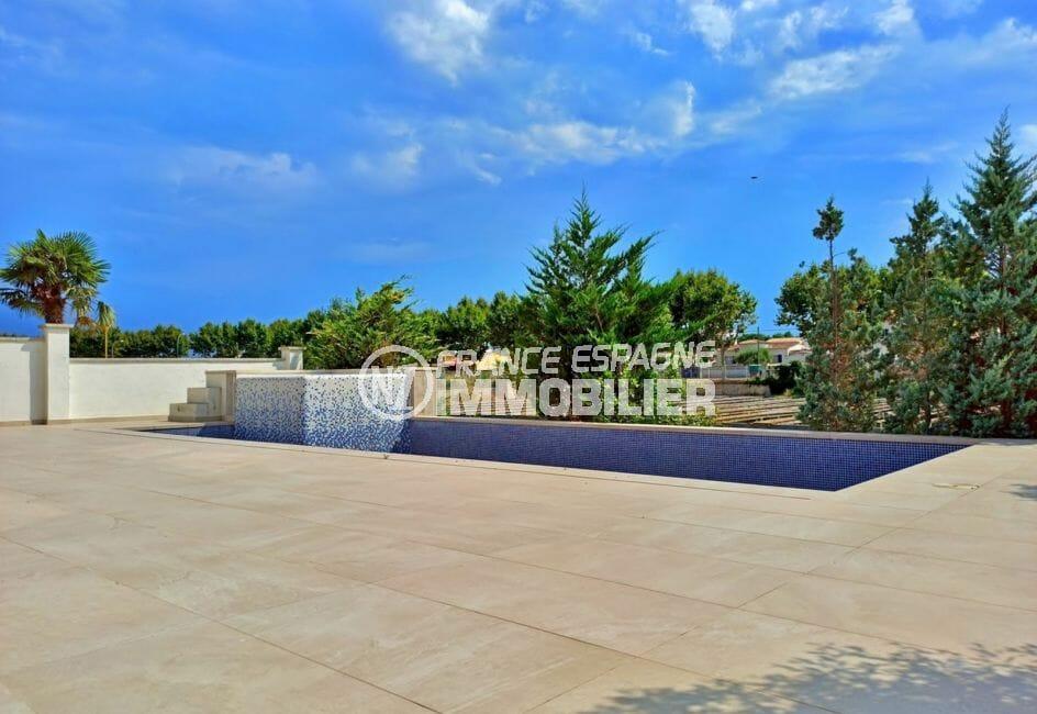 achat maison en espagne costa brava, 5 pièces 185 m² sur terrain 512 m² avec piscine