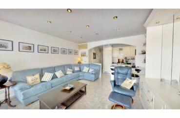 vente maison avec amarre empuriabrava, salon / séjour avec cuisine américaine