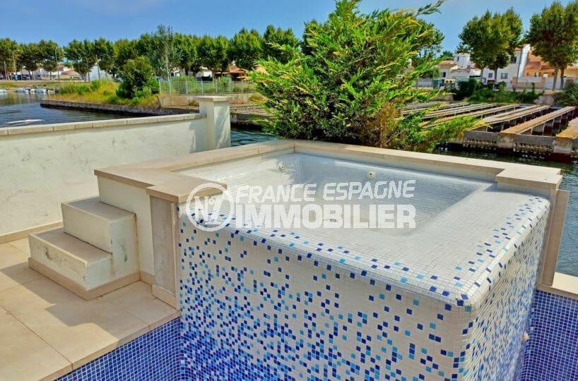 achat villa empuriabrava, 5 pièces 185 m², belle piscine avec jaccuzi