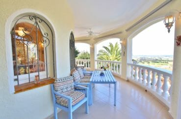 agencia inmobiliaria roses: villa 366 m², grande terrasse de 44 m², vue mer
