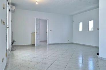 maison à vendre à empuriabrava, 4 pièces 128 m², salon / séjour lumineux, accès terrasse