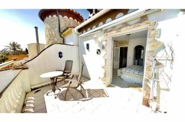 achat maison costa brava, 5 pièces 122 m², terrasse vue canal, accès direct amarre