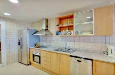 acheter appartement rosas, 5 pièces 136 m², cuisine américaine aménagée et équipée