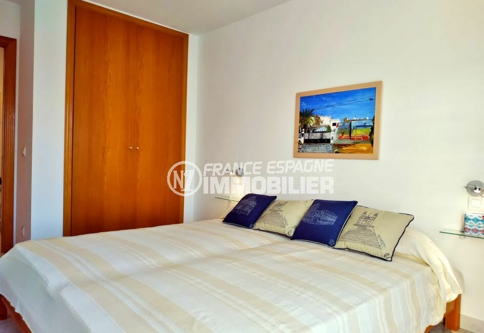 immobilier espagne bord de mer: appartement 3 pièces 93 m², 1° chambre, armoire encastrée