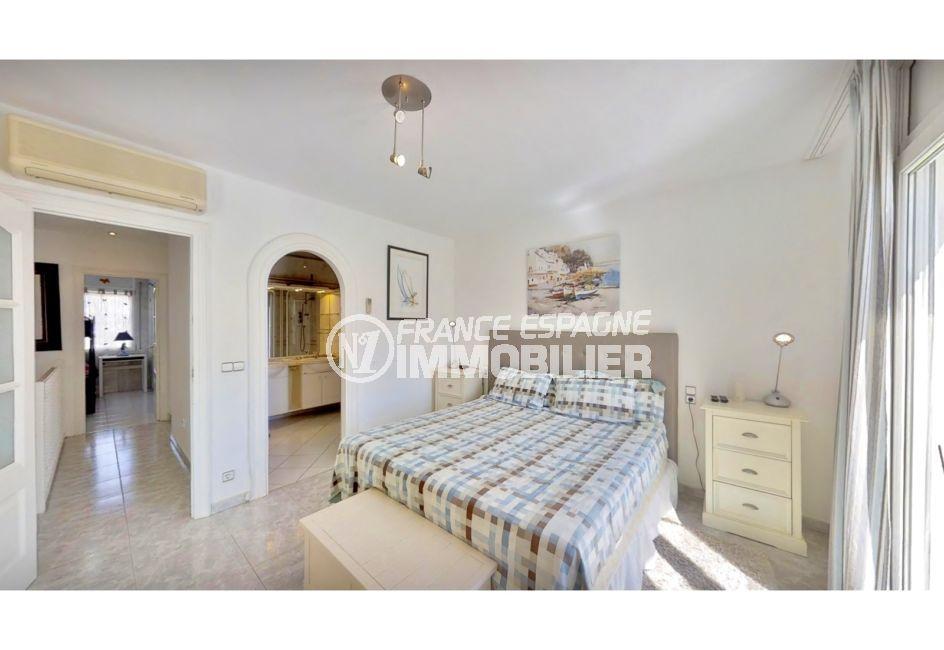 achat maison espagne costa brava, 5 pièces 122 m², suite parentale avec salle d'eau