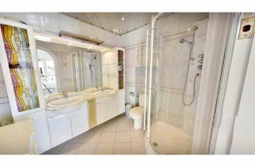 acheter maison costa brava, 5 pièces 122 m², salle d'eau avec douche et wc