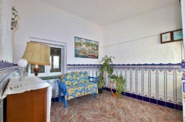 agence immobilière roses: villa 2 chambres 84 m² solarium, hall d'entrée