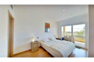 achat appartement costa brava, 5 pièces 136 m², chambre à coucher avec terrasse, lit double