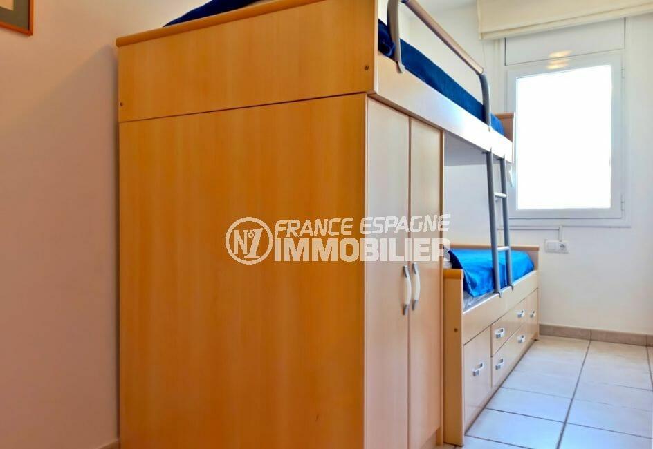achat empuriabrava: villa 5 pièces 176 m², 3° chambre à coucher avec lits superposés