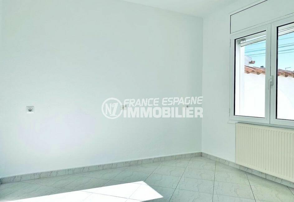 acheter maison empuriabrava, 4 pièces 128 m², chambre à coucher, prises électriques murales