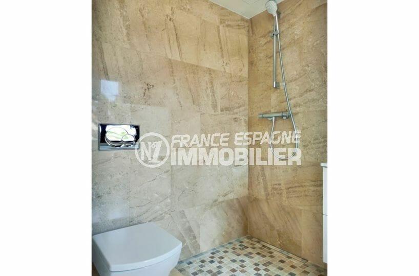 acheter maison espagne costa brava, 5 pièces 185 m², salle d'eau, douche à l'italienne