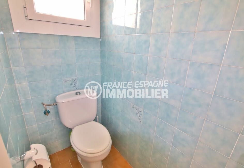 immo center rosas: villa 74 m² avec 2 chambres, 2° wc indépendant