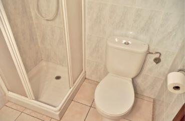 achat maison empuriabrava espagne, villa 5 pièces 176 m², salle d'eau avec douche et wc