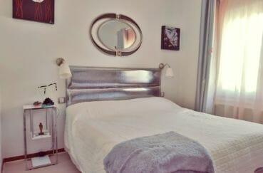 agence immobilière costa brava: villa 113 m² avec amarre, 2° chambre moderne, lit double