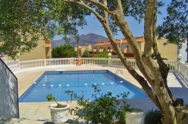 maison a vendre en espagne pas cher, 74 m² avec 2 chambres, piscine communautaire