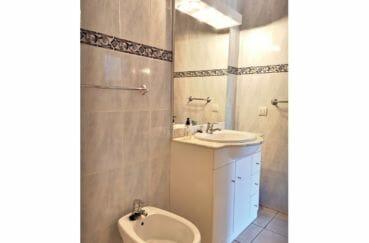 maison a empuriabrava, villa 5 pièces 176 m², salle de bain avec bidet