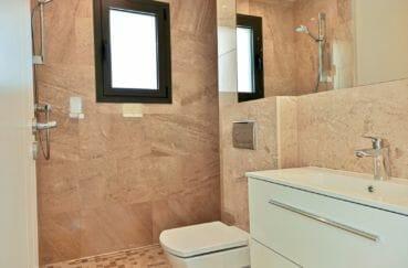 maison a vendre empuria brava, 5 pièces 185 m², salle d'eau avec douche italienne et wc