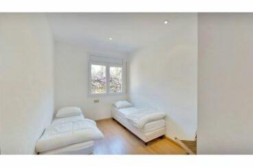 roses espagne: appartement 5 pièces 136 m², chambre à coucher, 2 lits simples