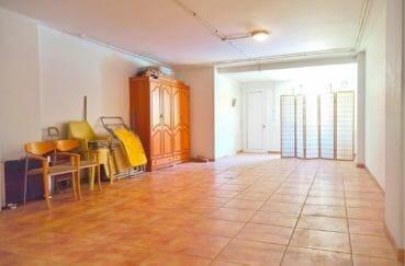 villa a vendre empuriabrava, villa 5 pièces 176 m², grand garage de 60 m² avec espace de rangement