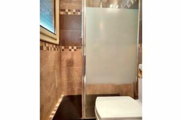 maison a vendre empuria brava, villa 208 m² avec amarre, 1° salle d'eau, douche et wc
