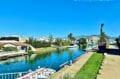 canal d'empuriabrava, ses villas et ses magnifiques bateaux