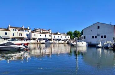 la costa brava: villa 132 m² avec amarre, vue des 2 terrasses sur kle canal