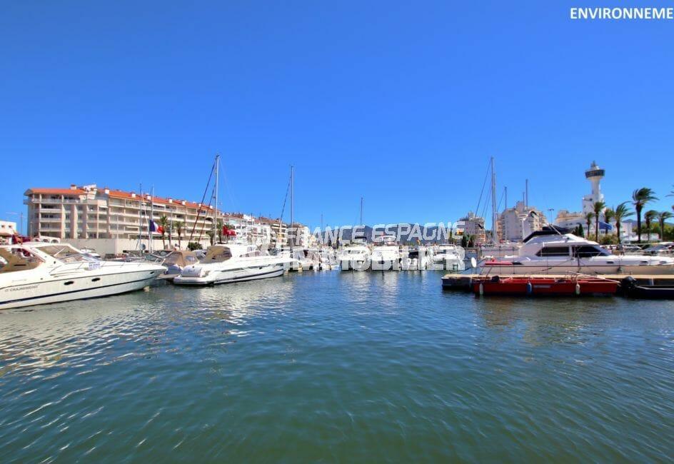 le port de plaisance d'empuriabrava avec ses magnifiques bateaux