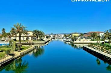 canal d'empuriabrava et ses somptueuses villas