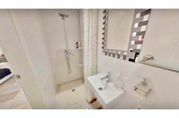 costabrava immo: villa de 480 m², salle d'eau dans l'appartement, douche