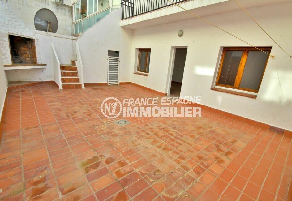 immo costa brava: appartement 3 pièces 66 m² avec terrasse de 43 m² et barbecue, possiblité garage, 600 m de la plage