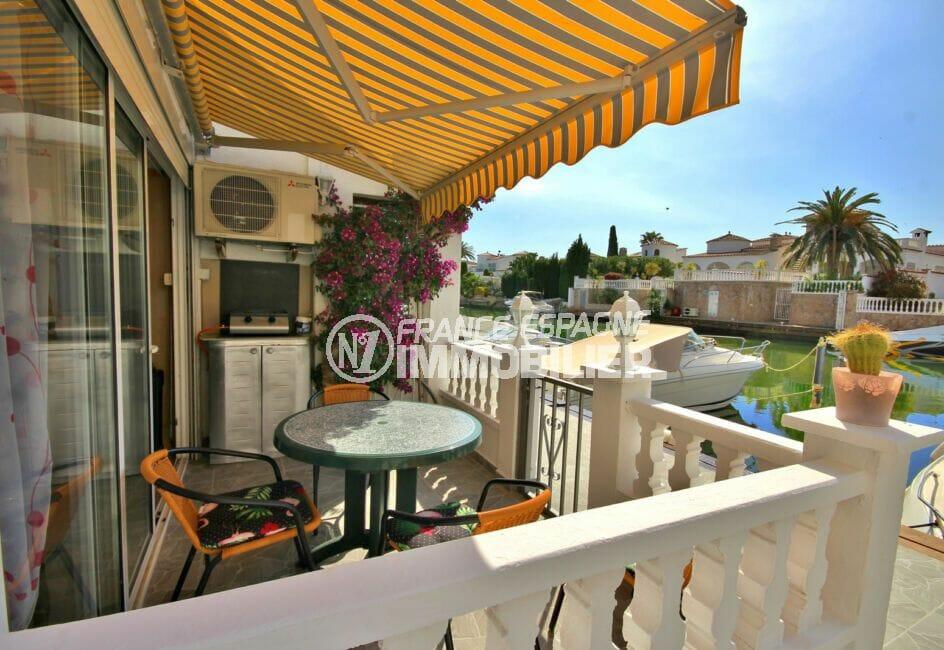 appartement a vendre empuriabrava, 2 appartements de 38 m² m² chacun, possibilité duplex, amarre, proche plage