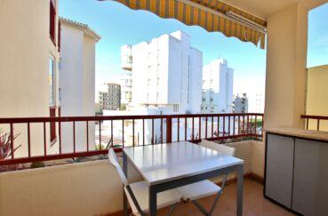 immobilier santa margarita: studio 27 m², terrasse couverte avec auvent pour le soleil