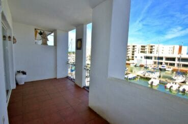 agence immobilière rosas: appartement 2 pièces 48 m² avec terrasse 12 m² vue marina