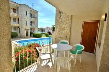 appartement a vendre empuriabrava, 3 pièces 68 m², terrasse vue piscine et canal