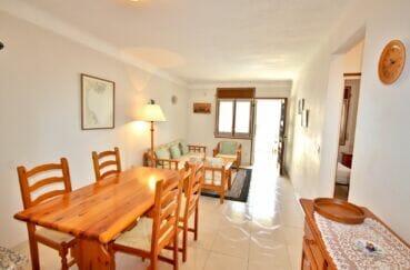 agence immo empuriabrava: appartement 3 pièces 68 m², séjour avec accès direct terrasse