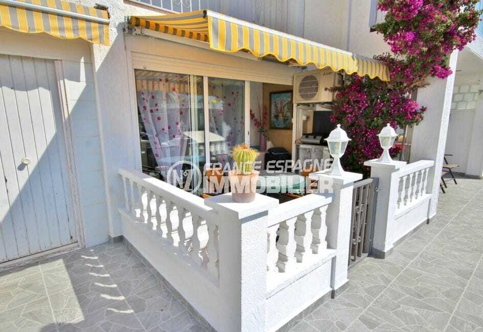 vente appartement empuriabrava, appartement de 38 m², terrasse avec auvent