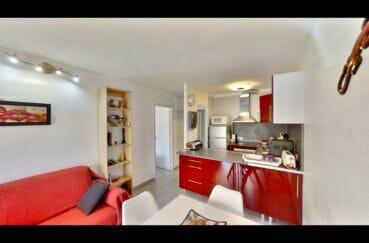 appartement a vendre empuriabrava, 53 m² avec 2 chambres, cuisine américaine aménagée et équipée