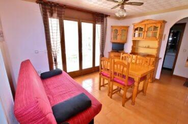 appartement a vendre empuriabrava, 2 pièces 37 m², salon avec accès terrasse, ventilateur plafond