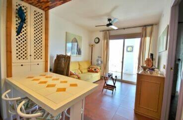 appartement a vendre costa brava, 2 pièces 48 m², salon / séjour avec son coin repas
