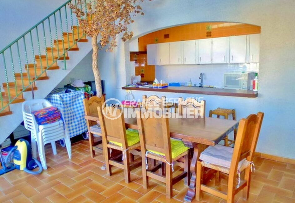 vente maison empuriabrava, 200 m² avec 4 chambres, cuisine américaine aménagée